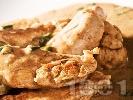 Рецепта Задушени пилешки бонфиленца в сос от бяло вино и ананас